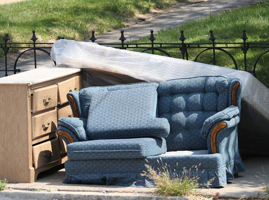 skrottaxi tjenester møbler søppeltaxi, søppelhenting og avfallshenting